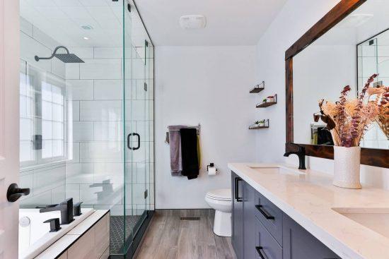 Comment moderniser une salle de bain ?