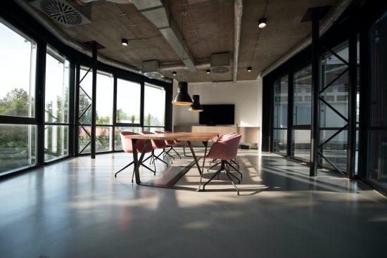Pourquoi investir dans un local professionnel ?