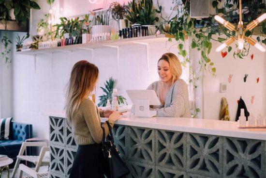 Comment choisir un local commercial sous franchise ?